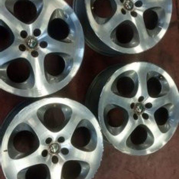 """4 Cerchi in lega Alfa Romeo 147 17"""""""
