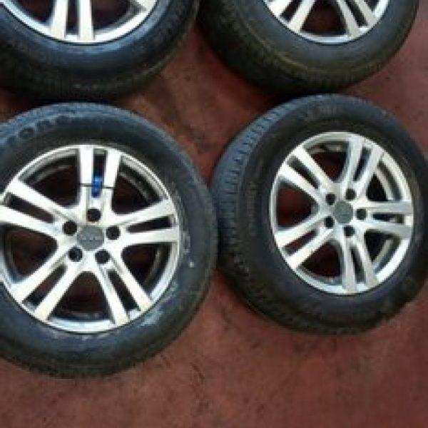 """4 Cerchi in Lega Volkswagen Golf IV 15"""""""