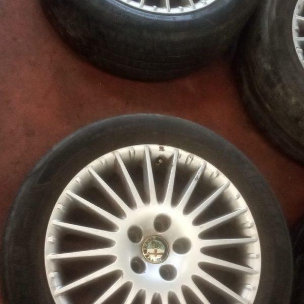 Alfa Romeo 159 4 Cerchi in Lega Alfa Romeo 159