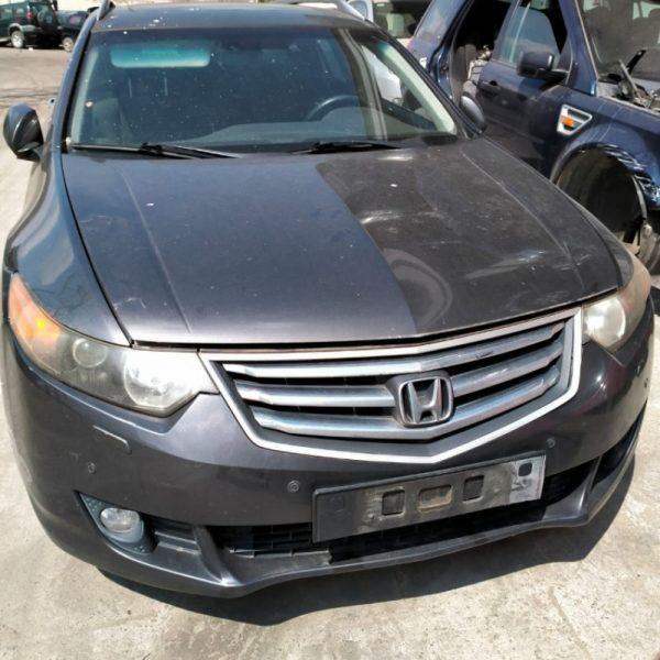 Honda Accord | Veicolo intero