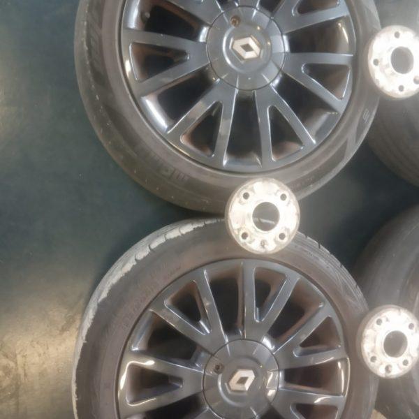 4 Cerchi in lega Renault Clio III 16″