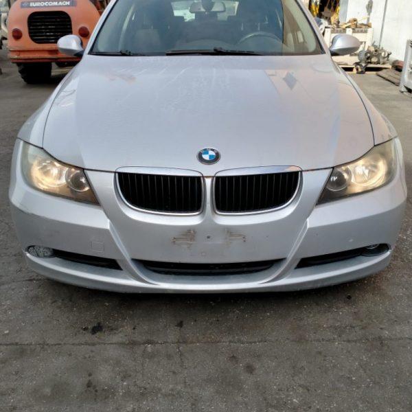 BMW Serie 3   Veicolo intero
