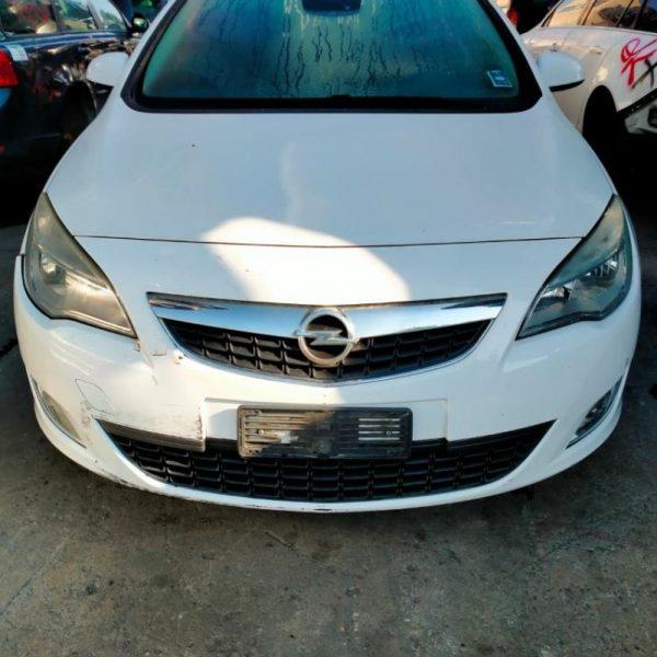 Opel Astra   Veicolo intero