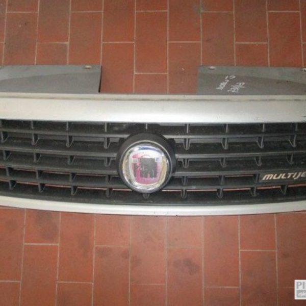 Fiat Doblò mascherina anteriore anno 2007